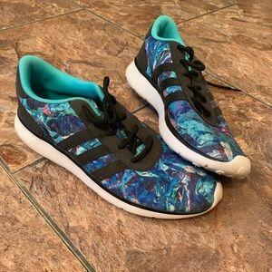 Women's adidas tennis shoes